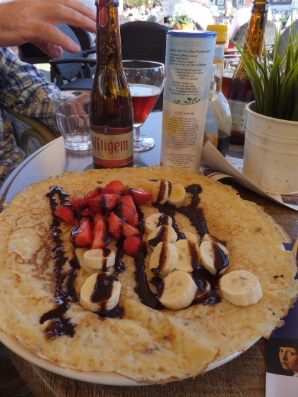 Mmm ... crepes and beer!