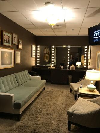 duet dressing room