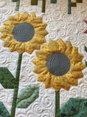 Sunflower quilting